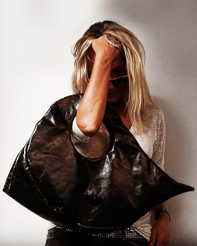 Baisesmamain - Cecilia Benetti Design - Borsa T-POT